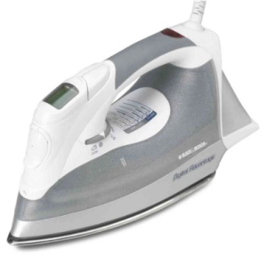 Black & Decker D2030 Auto-Off Digital Advantage Steam Iron